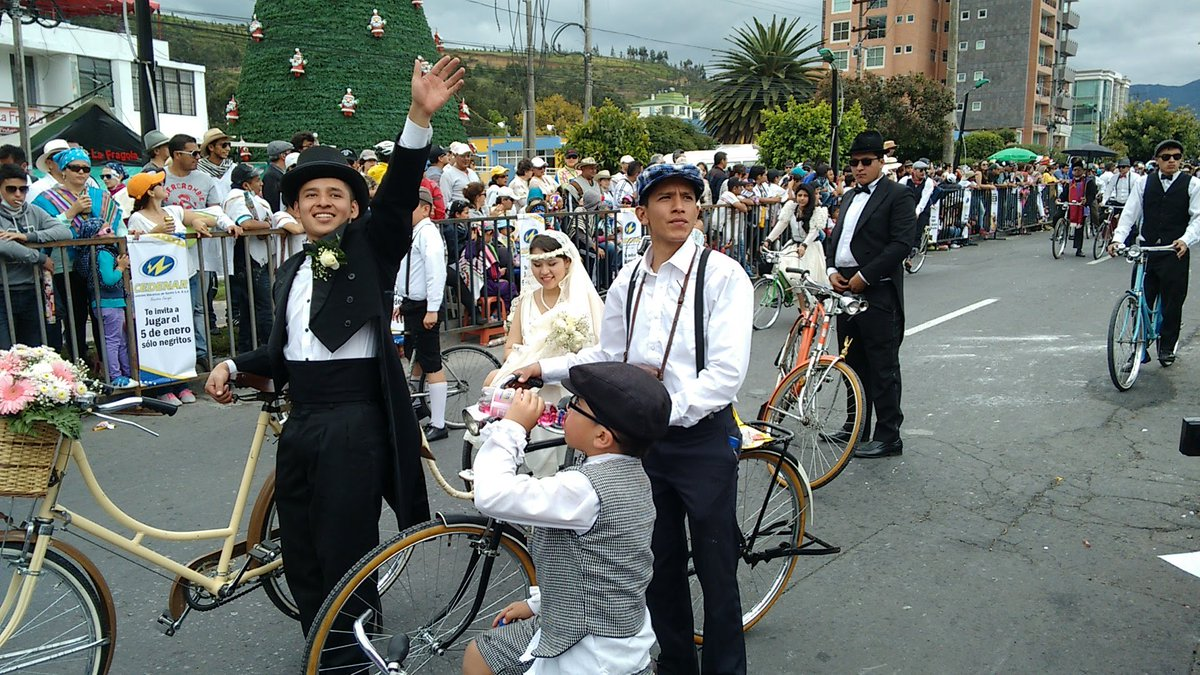 Desfile Familia Castañeda desde Pasto, por Telepacífico